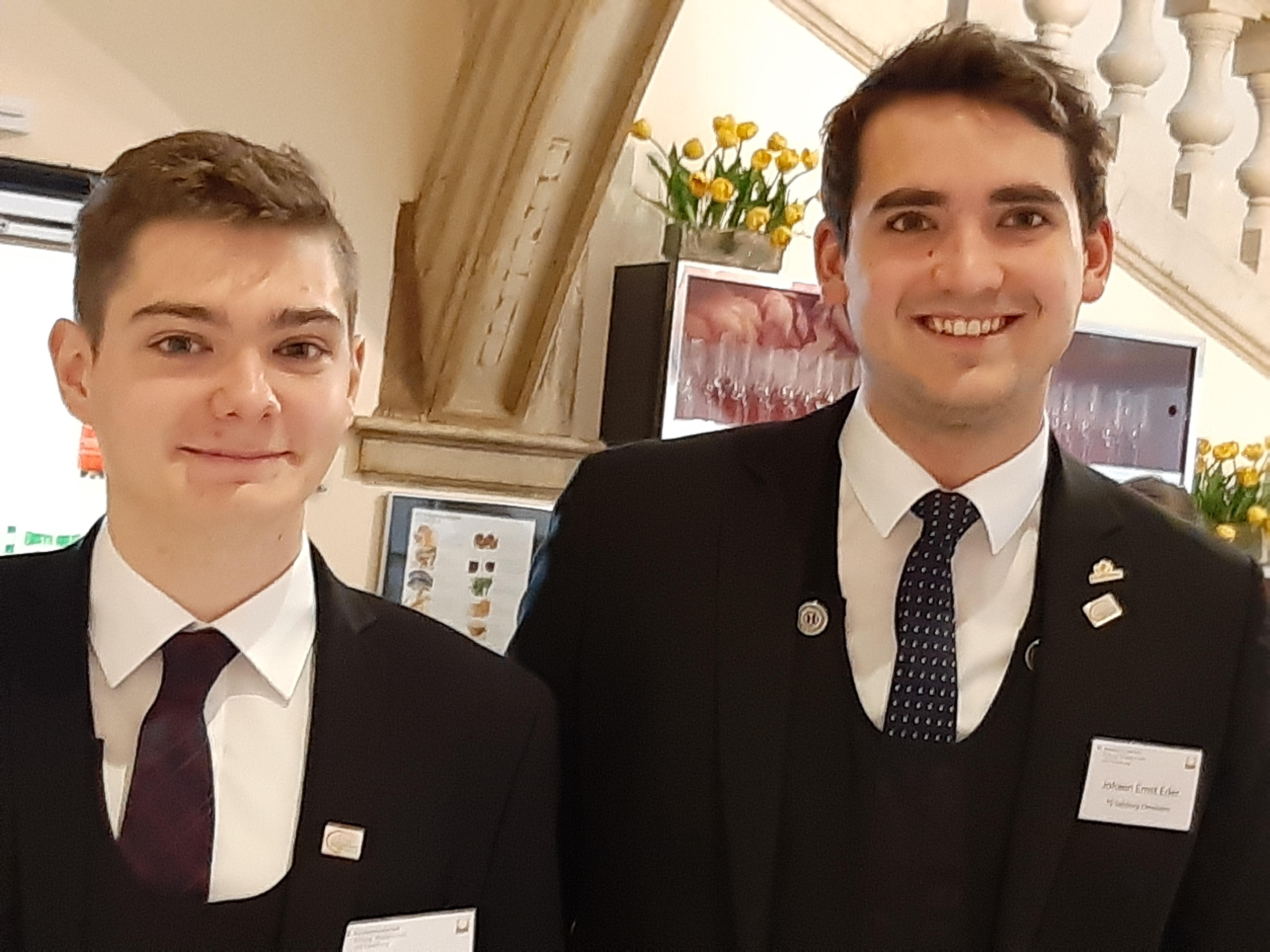 Die beiden strahlenden Klessheimer Kandidaten beim JS-Ö-Wettbewerb 2018/19